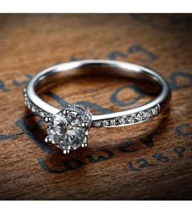 Правила ухода за украшениями с бриллиантами
