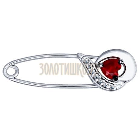 Брошь из серебра с бесцветными и красным фианитами 94040116