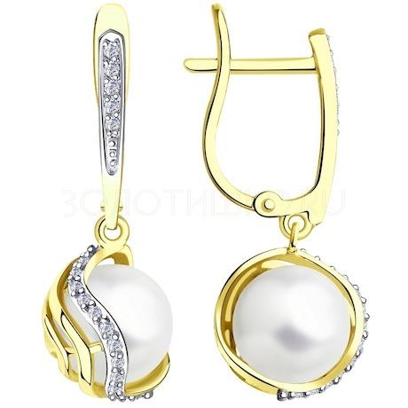 Серьги из желтого золота с бриллиантами и жемчугом 8020077-2