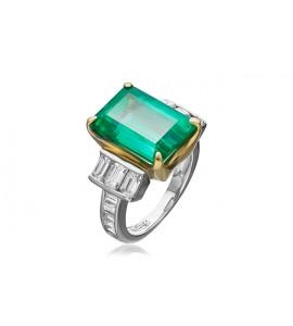 Кольцо из золота и платины с изумрудом и бриллиантами
